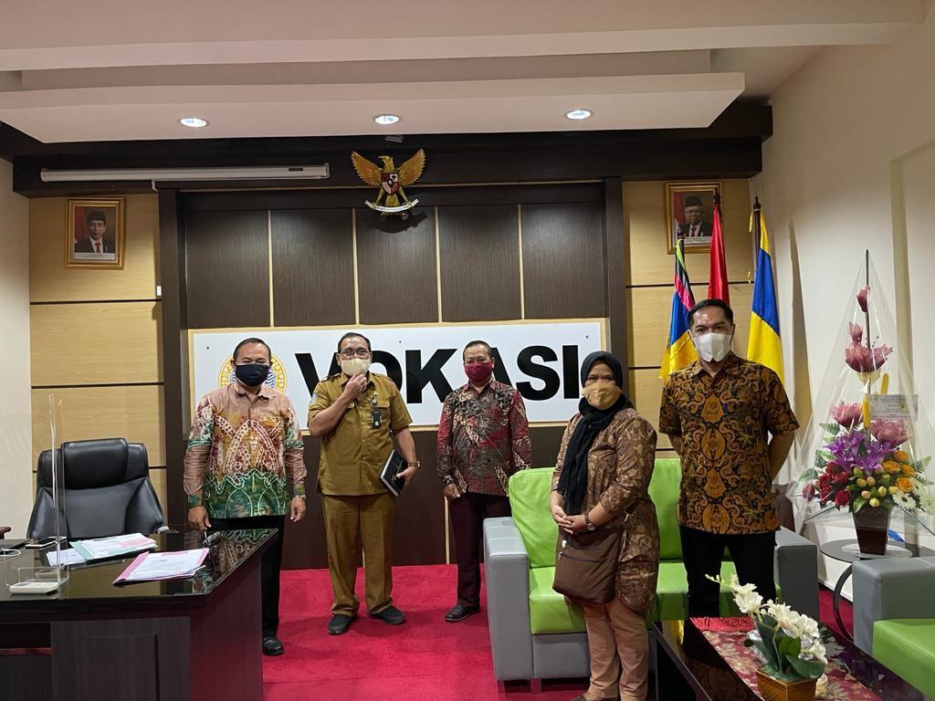 Kunjungan SMK 1 Surabaya Untuk Program SMK Unggulan